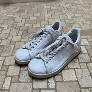 Stan Smith Adidas- Mens 5.5 (Women's 7)